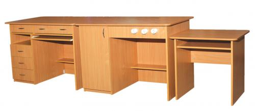 К-т столів демонстраційних для кабінетів фізики, та хімії (3 елементи)